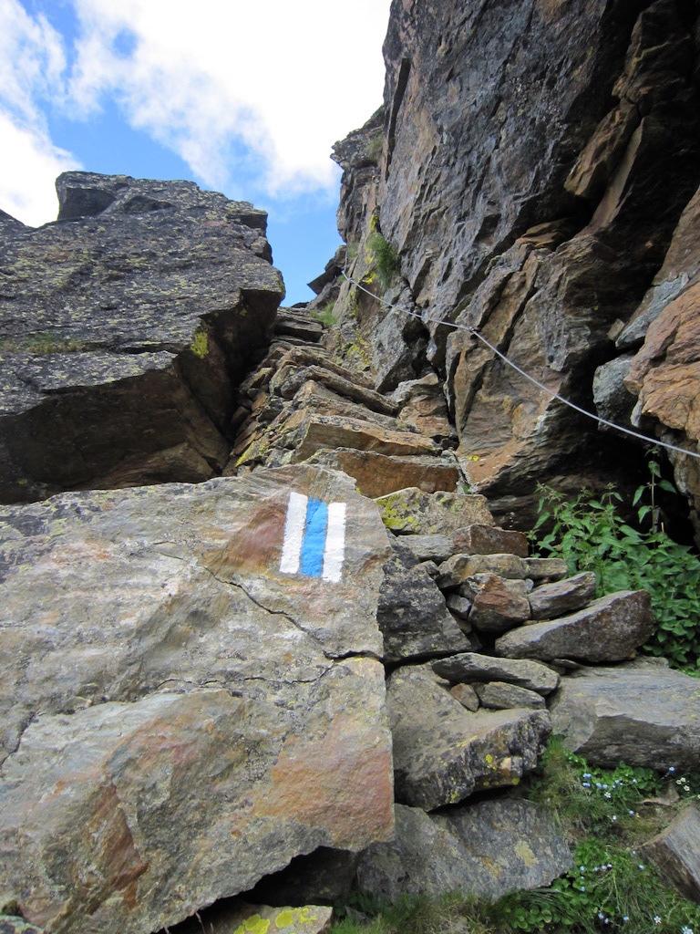 Steintreppen beim Hüttenzustieg