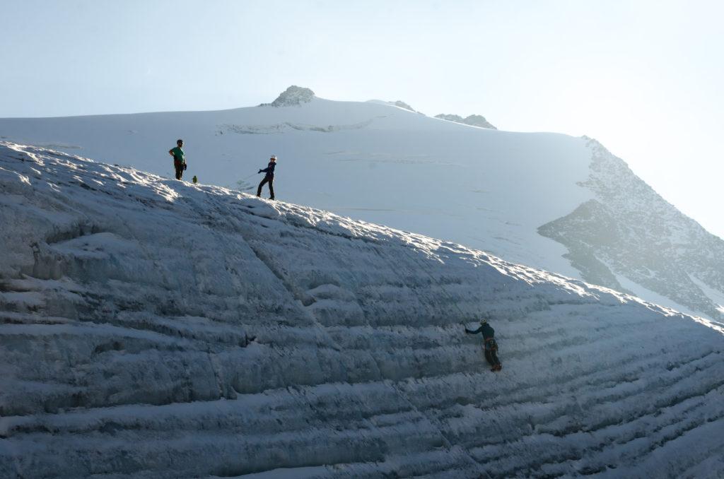 Übungen im Eisklettern